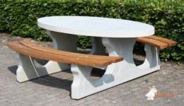 ovales-picknickset-mit-sitzflachen-aus-bambus-p1